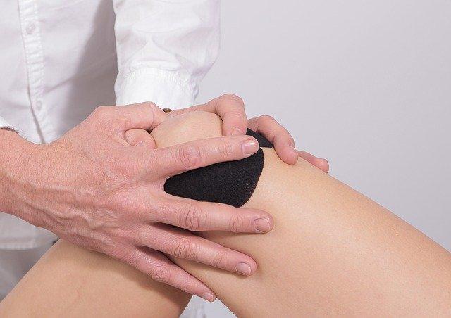 Personne souffrant d'algodystrophie: traitement naturel, causes.