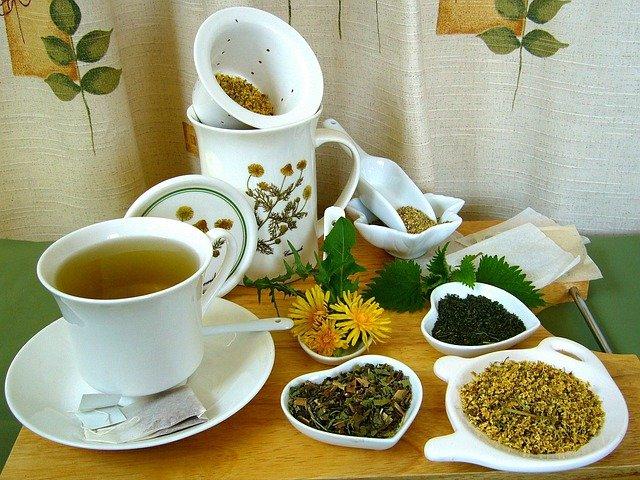 Tisane et plantes: remèdes de grand-mère anti-cholestérol.
