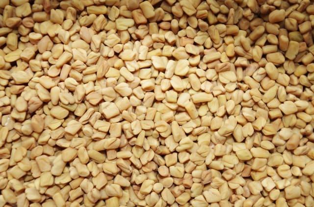 Graines de fenugrec : bienfaits, utilisation et danger de cette plante.