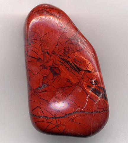 Jaspe rouge : bienfaits de l'élixir minéral.