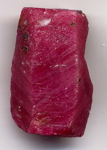 Rubis : bienfaits de l'élixir minéral.