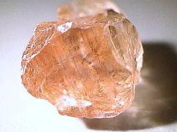 Pierre de soleil (Héliolite) : vertus et propriétés de l'élixir minéral.