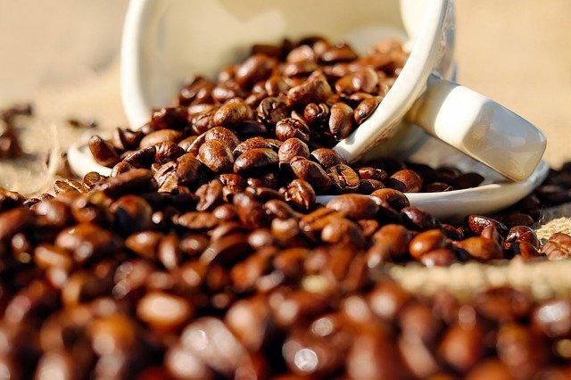 Café torréfié : histoire, bienfaits et danger de cette boisson.