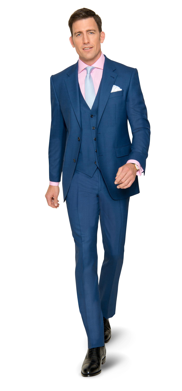 Blaue Stunde – eleganter Auftritt im DOLZER Anzug mit Weste nach Maß