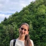 Nadiia P., Pomoc v domácnosti - Praha