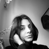 Júlia Š., Opatrovanie detí - Piešťany
