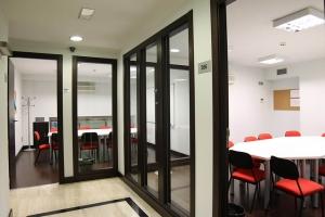 我们在巴塞罗那的学校 BARCELONA 13
