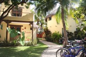 我们位于PLAYA DEL CARMEN的西班牙语学校 DQ 1