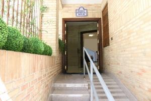 我们学校在格拉纳达(Granada)DQ 02