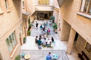 我们学校在格拉纳达(Granada)DQ 09