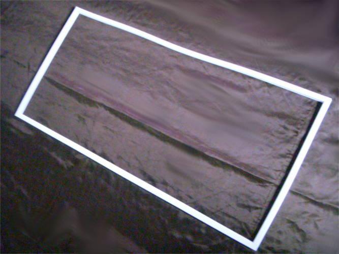 Уплотнение 113х53 на дверь холодильника Indesit RG 2290 W
