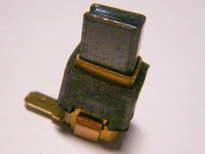 Щеткодержатель для ударной электродрели Makita под щетку 6*9