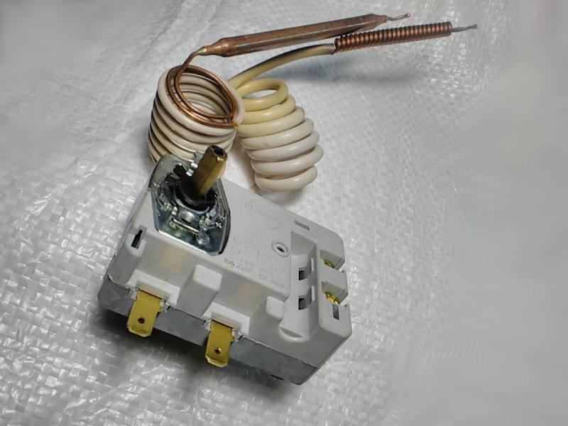 Терморегулятор TBSB R 3416019 на 16 Ампер для водонагревателя