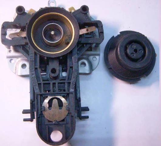 Контактная пара KSD B731 (T125) для электрочайника Polaris, Braun 3214, VITEK-1115