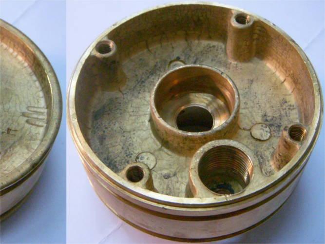 Верхняя часть двигателя погружного насоса Водолей