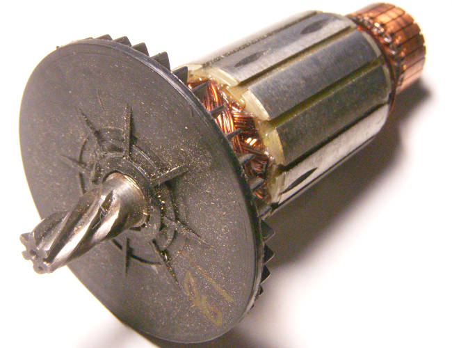 Якорь двигателя цепной электропилы Тайга ПЦ-2400 размером 166*46