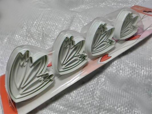 Набор плунжерных форм для вырезания печенья тюльпаны
