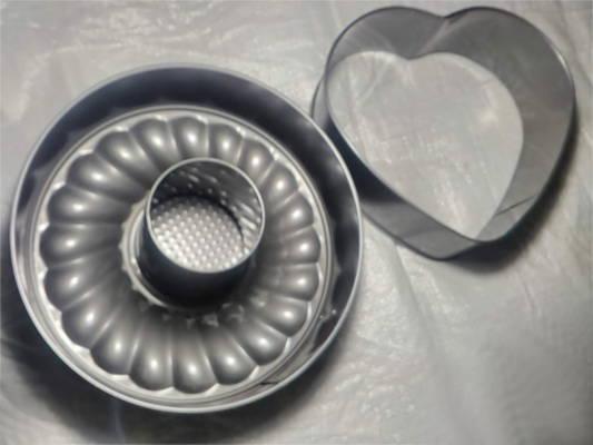 Стагивающаяся форма для круглого торта и СЕРДЦЕ