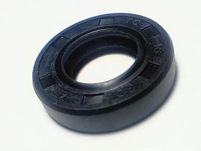 Резиновая уплотнительная манжета 16*30*7 для фекального насоса Furia 1300F