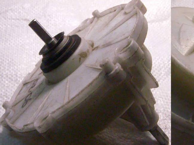 Смещенный редуктор стиральной машины с квадратом на обеих сторонах