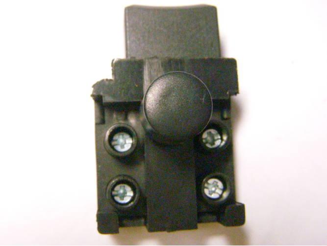Кнопка пуска FA4-5/2BD на 5А с защитой от случайного нажатия