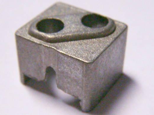 Прямоугольный пилкодержатель электролобзика размером 15.5*13.5 высотой 9-12 мм