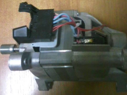 Двигатель стиральной машины Zanussi, LG F8066