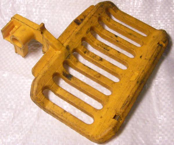 Тормоз безопасности цепной электропилы Gardener