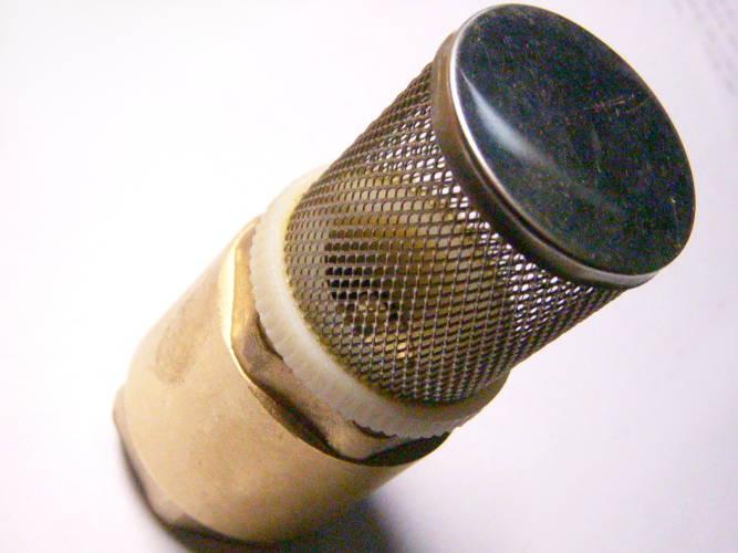 Нижний обратный клапан насосной станции под резьбу 31 мм