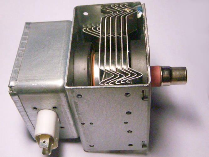 Магнетрон LG 2M-214 на шесть радиаторов для СВЧ печи