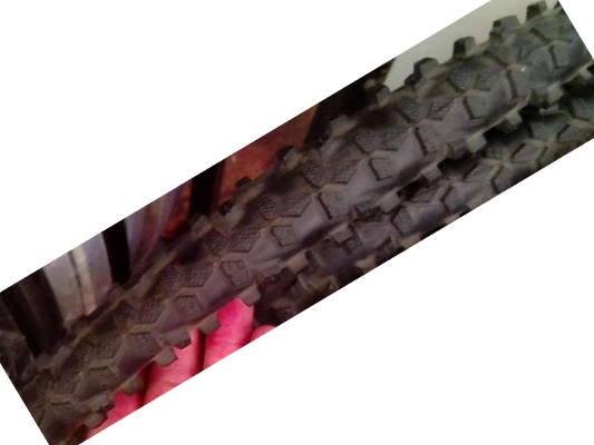 Спортивная покрышка Schwalbe SMART 28 x1.75 (47x622) на горный велосипед