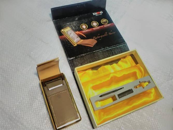 Мобильная электробритва Kemei RSCW-5500