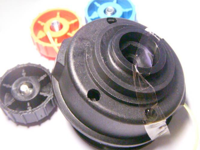 Универсальная шпуля триммера под резьбу 6 и 8 мм (правая и левая)