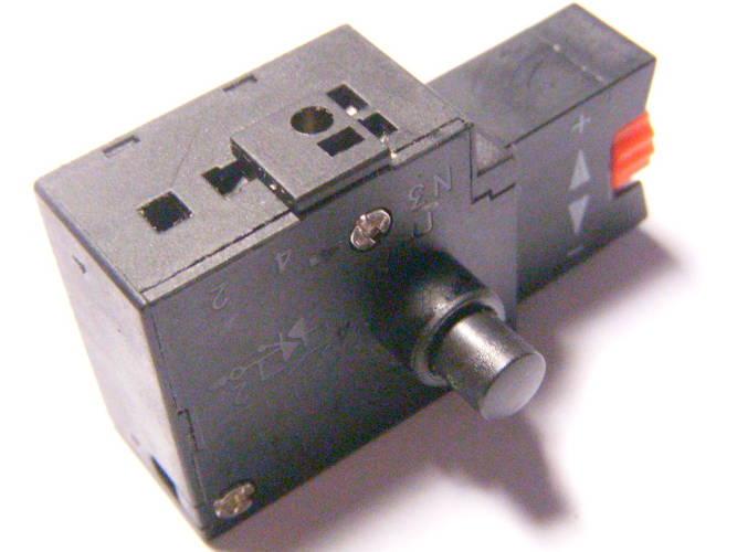 Современная удобная кнопка электродрели на 5 Ампер