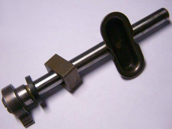 Самозажимной шток w10*L32*d9-L114 для электролобзика