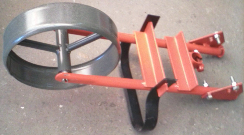 Насадка ручной плоскорез на колесе