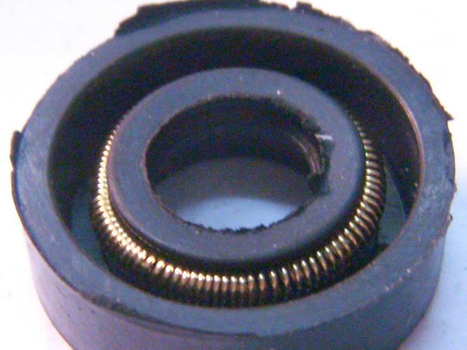 Сальник 9x22x7 поверхностного насоса БЦН КАМА