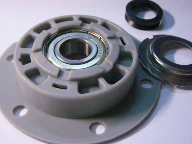 Блок подшипника опоры барабана стиральной машины Whirlpool 18578