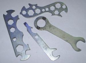 Отверточный ключ (квадрат, накидной, отвертка) к велосипеду
