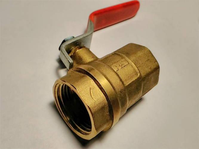 Латунный шаровой кран с внутренней резьбой 25 мм на длинной ручке 20Атм