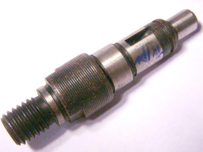 Вал L85-d10-15-17 для болгарки DWT