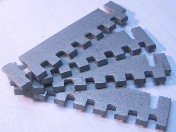 Комплект L127-93 калёных ножей для корморезки