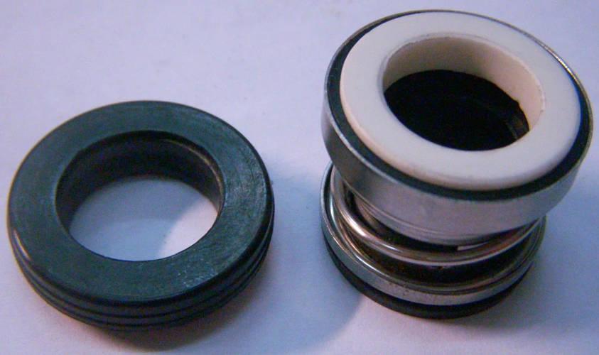 Торцевой сальник 104-14 на вал 14 мм с кольцом 26 мм