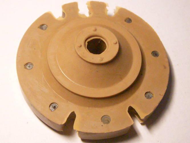 Оригинальный амортизатор для вибрационного насоса Водолей