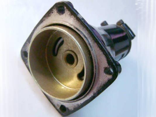 Верхний редуктор 58*83-26*54 бензокосы под 9 шлицов и трубу 26 мм