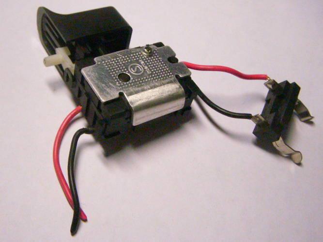 Кнопка шуруповерта FA08A-12A/1WEK-2 с экраном на 12 Ампер с реверсом