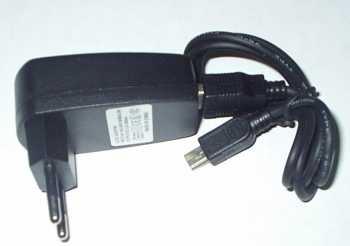 Сетевое зарядное устройство USB для MP3, MP4