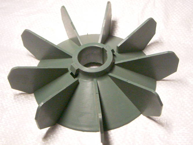 Охлаждающая крыльчатка АД112-4,6,8 двигателя 112-го габарита