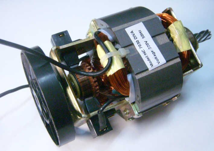 Электродвигатель для кухонного шнекового комбайна Ротор Дива