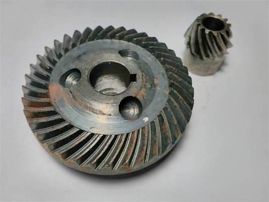 Шестерни редуктора болгарки ТЕМП 125-0,9кВт